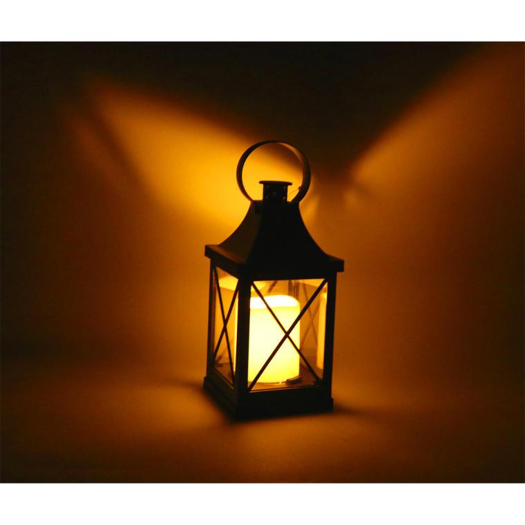 Biała latarnia LED ze świecą
